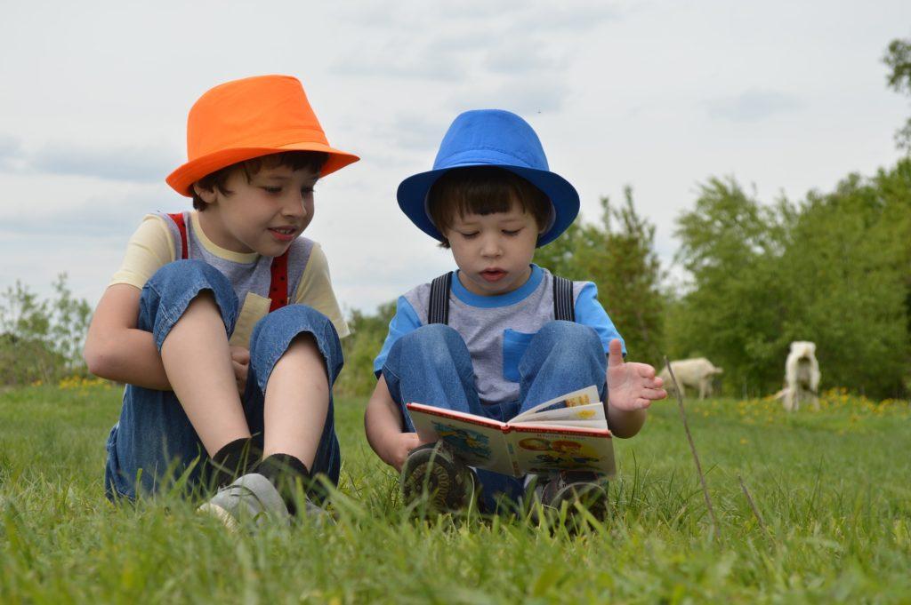 名作児童文学 子供から大人まで、 名作児童文学 をおすすめする7つの理由