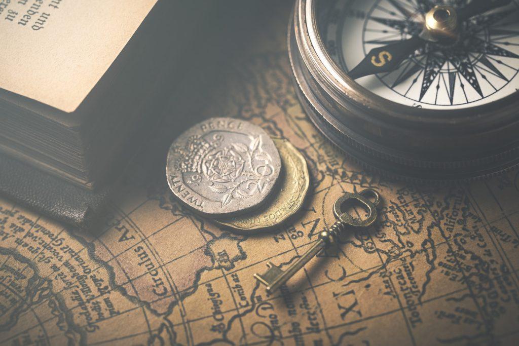 闇にひそむ影 ルイスと不思議の時計2   ジョン・べレアーズ/作 三辺律子/訳  静山社ペガサス文庫
